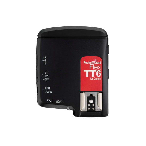 Transceiver for triggering camera flash
