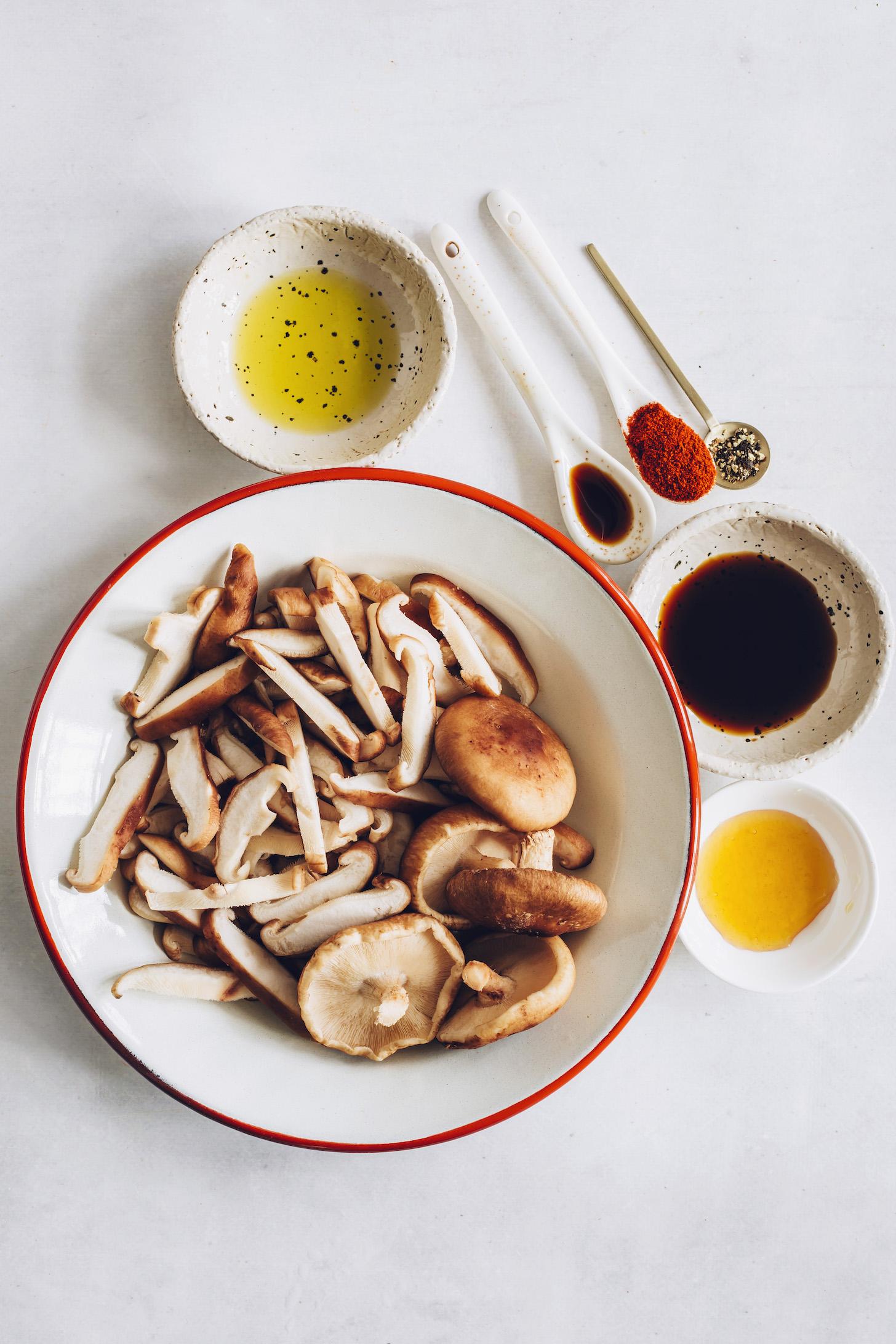 Sliced shiitake mushrooms, avocado oil, tamari, maple syrup, liquid smoke, black pepper, and smoked paprika