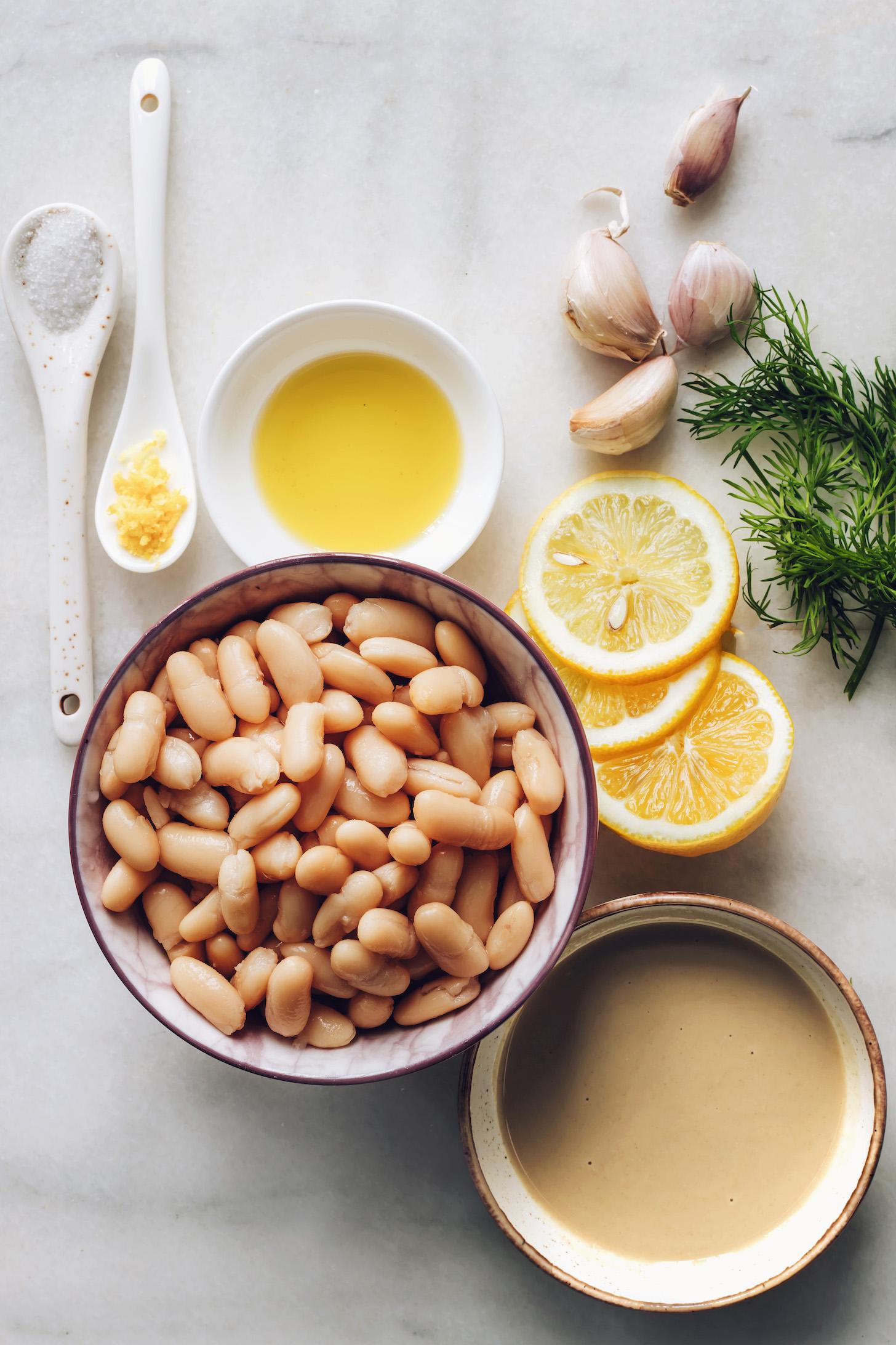 Морская соль, лимон, белая фасоль, тахини, оливковое масло, чеснок и укроп