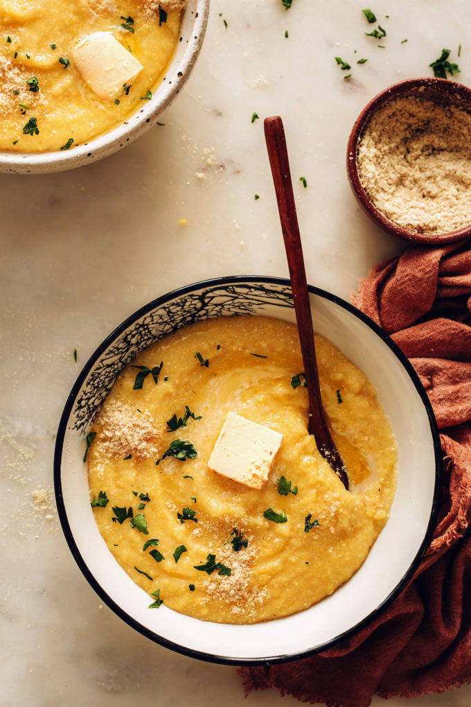 Easy Vegan Polenta (Super Creamy!)