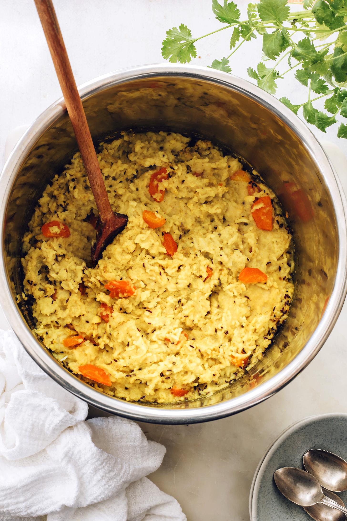 Instant Pot kitchari con zanahorias
