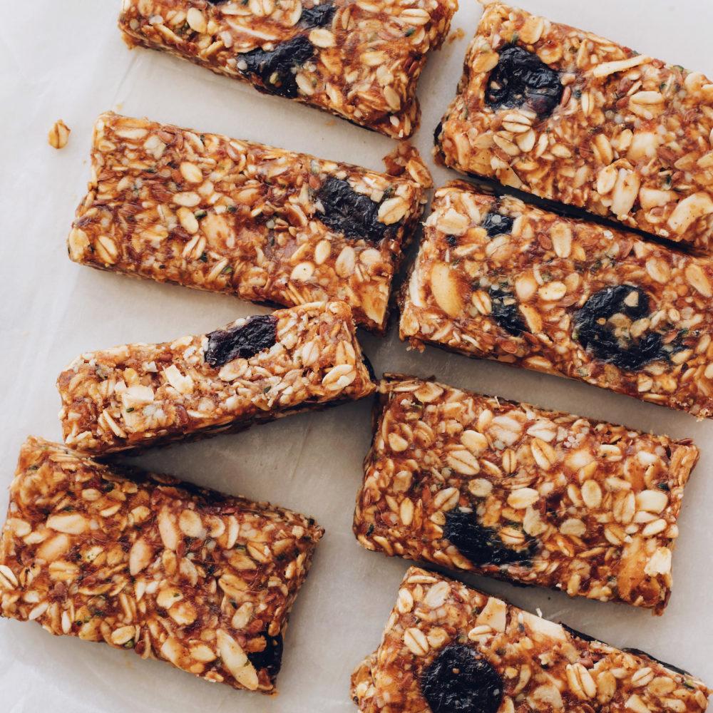 Sliced cherry almond granola bars