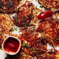 Crispy hash browns with ketchup