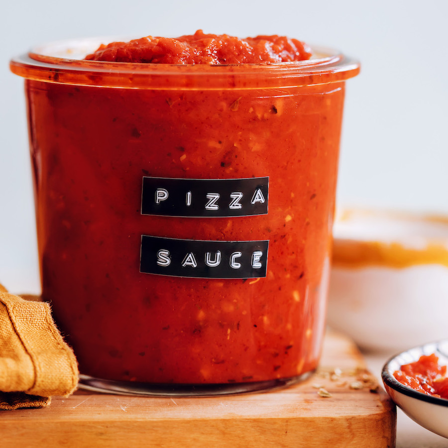 Jar of our easy homemade pizza sauce recipe