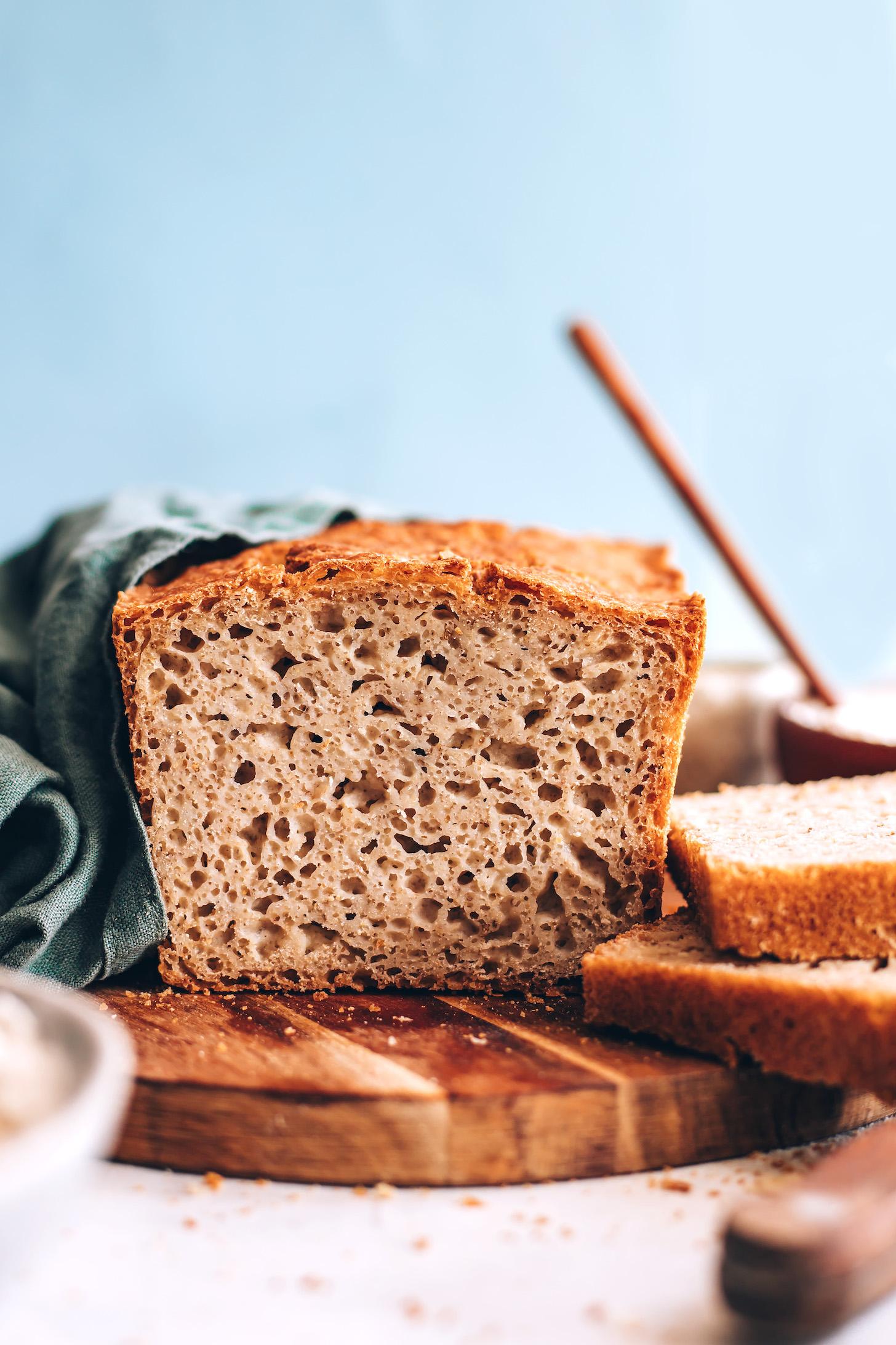 Kısmen dilimlenmiş glutensiz ekmek tarifimiz