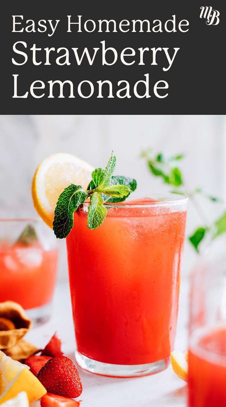 Yanında taze limon ve nane ile kolay ev yapımı çilekli limonata